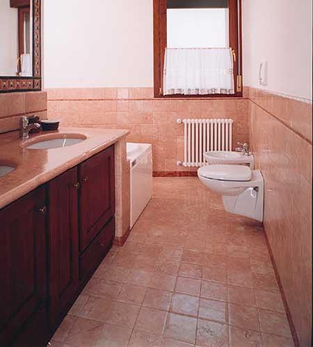 Barbieri marmo antico lucido l 39 unico brevettato for Piastrelle bagno rosa antico